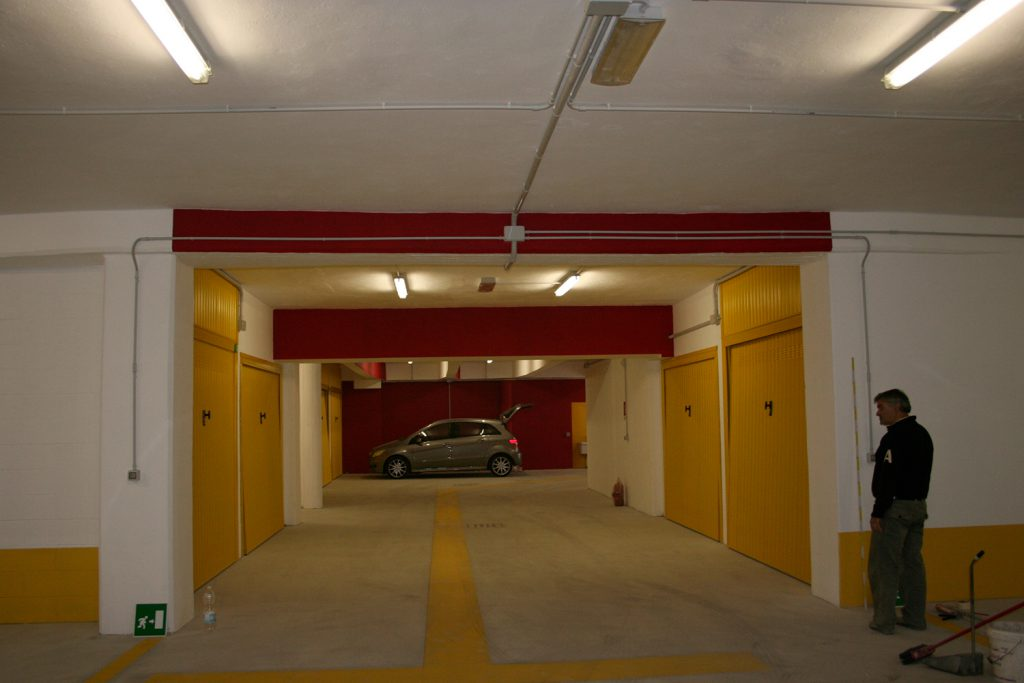 Garage renovation in via Valsugana | Milan
