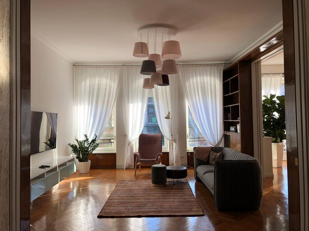 Progetto, selezione arredi e direzione lavori per un appartamento in zona Turati | Milano