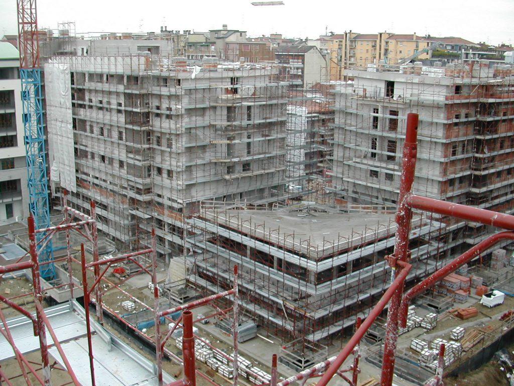 Realizzazione di un complesso residenziale in un'area ex industriale in Via Savona | Milano