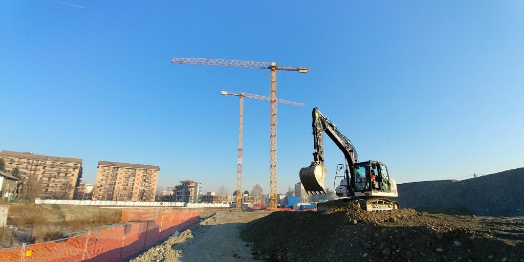 New residential and commercial building strada della Pronda, Turin