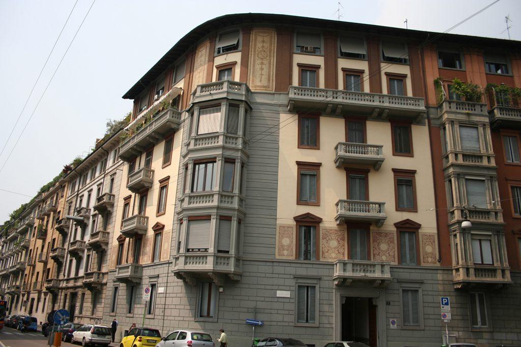 Façade restoration of a building in via Visconti Venosta | Milan
